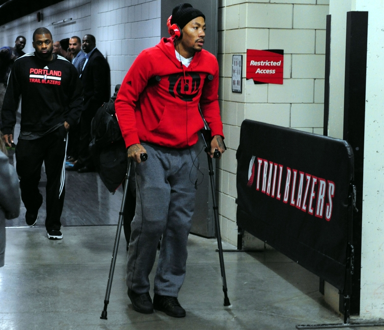 Warriors Hope Stephen Curry is not the Next Derrick Rose e3c4ceebb